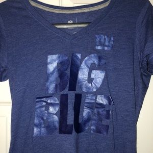 "New York Giants ""BIG BLUE"" v-neck T-shirt"